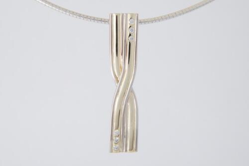 Gouden-bicolor-hanger-x-trouwring