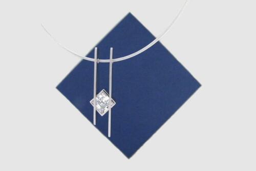 Zilveren-hanger-vierkant-zirkonia